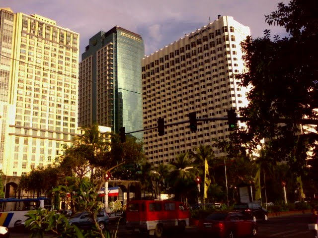 From the left; Manila Hyatt Hotel & Casino Manila, Landbank of the Philippines Tower and Diamond Hotel