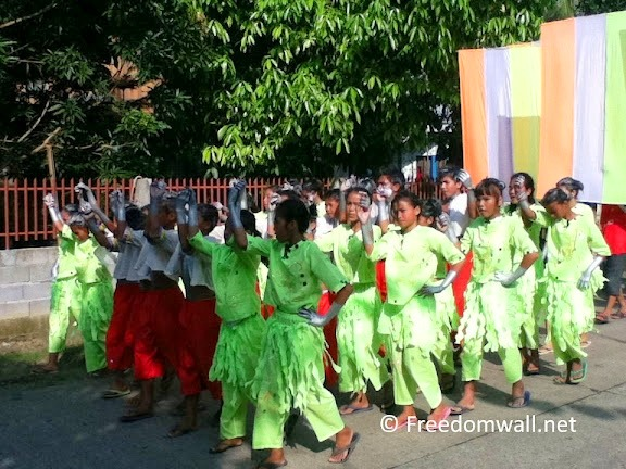 Palaran Festival 2011 Bonawon street dancers
