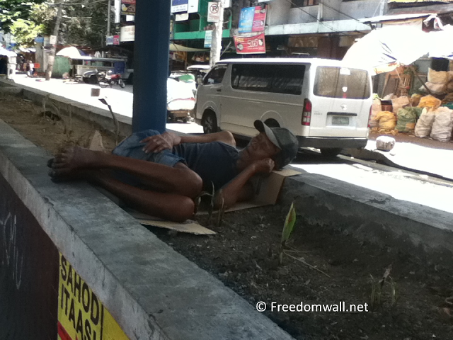Sleeping Man in Taft Avenue