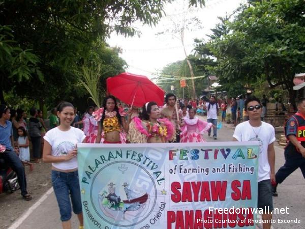 Bonawon Palaran Festival parade