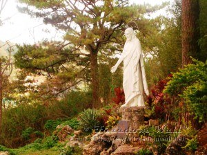 Statue of Jesus Christ at Lourdes Grotto