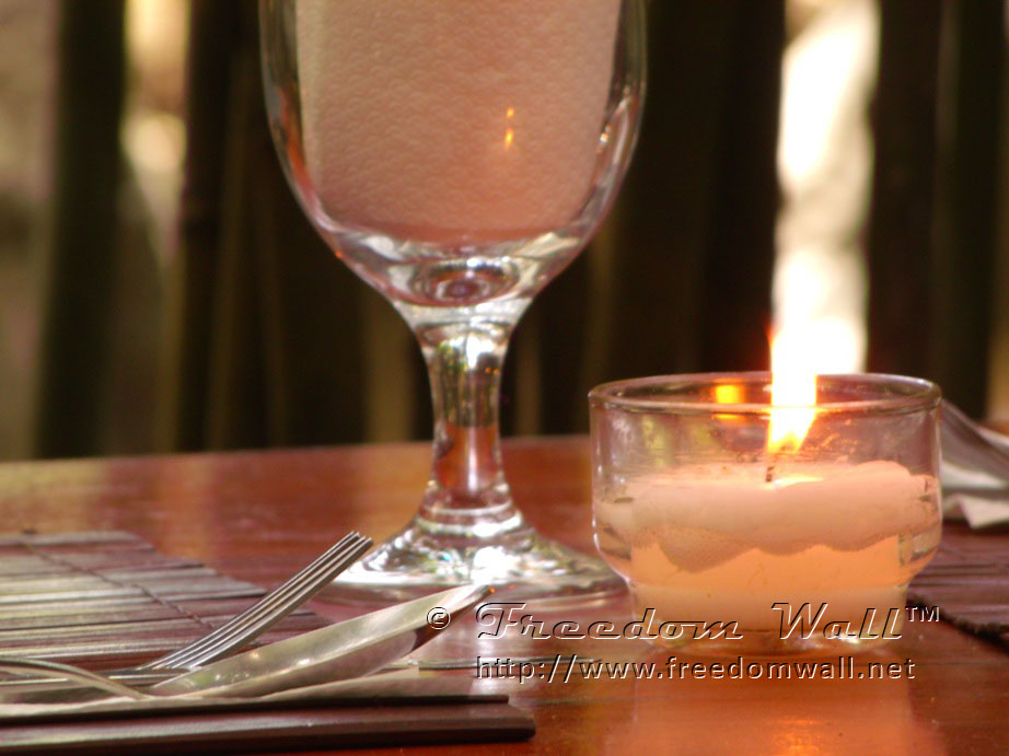 GE X500 Sample Image or Photo - Glass and Candle - Cafe by the Ruins