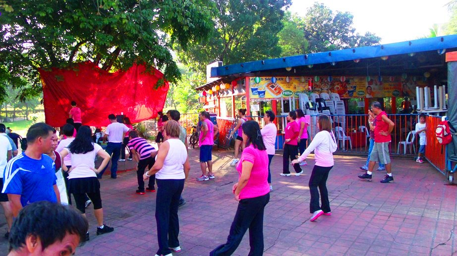 Sunday Morning Aerobics at Harbour Square CCP Complex