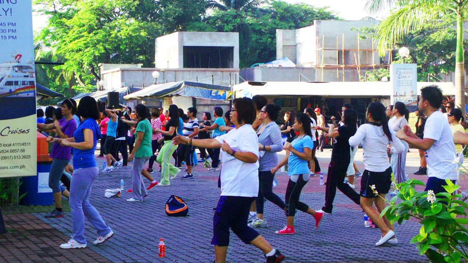 Sunday Morning Exercise at Harbour Square