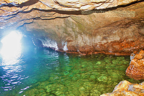 A very clear pool inside Cabacungan Cave
