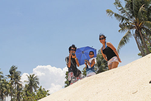 cabongaoan beach visitors