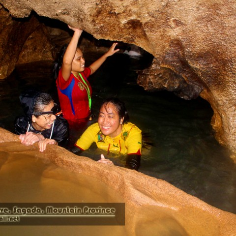 sumaguing cave spelunking