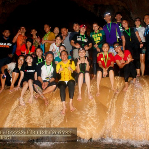 Sumaguing Cave spelunkers