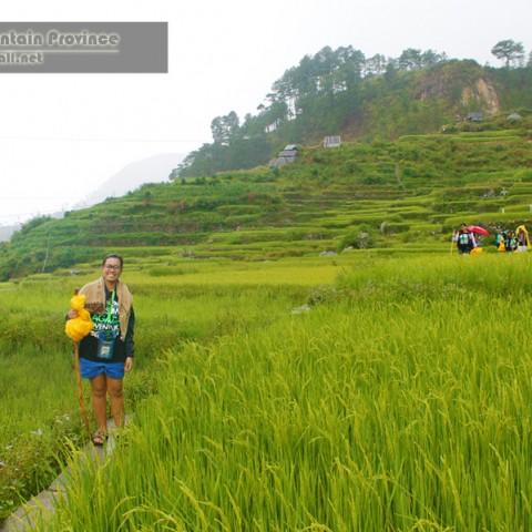 trekking to bomod-ok falls