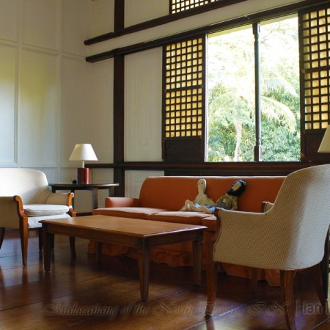 Malacanang of the North Living Area
