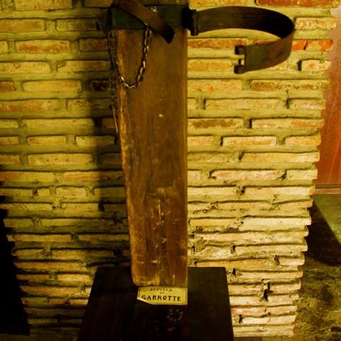 replica of garrotte