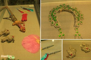 sword, jewelry, and daggers at macau museum