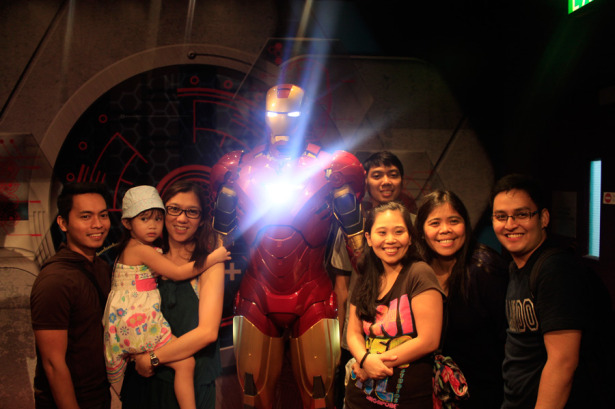 Posting with Iron Man at Madam Tussauds