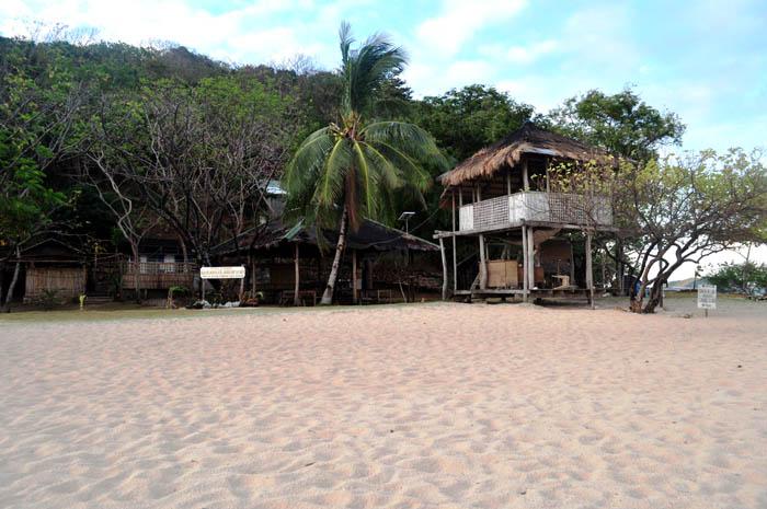 The powdery white sand beach of Banana Island