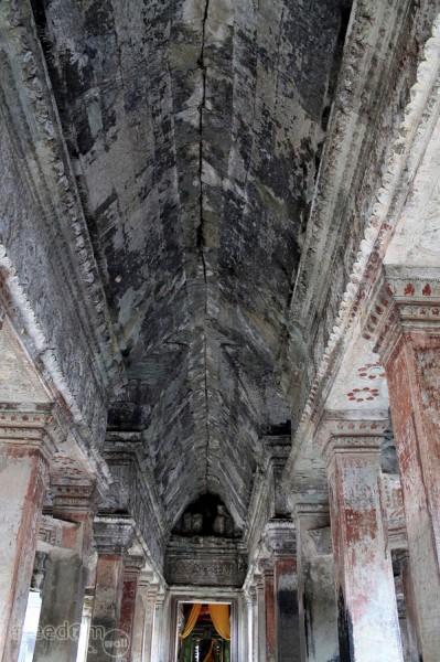 Angkor Wat ceiling