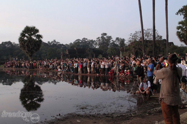 The mob of sunrise spectators in Angkor Wat
