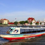 Sightseeing while Cruising Chao Phraya River