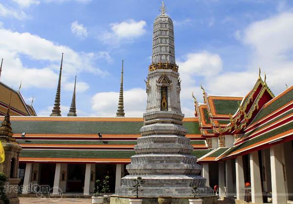 Wat Pho Chedi
