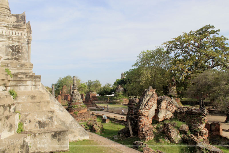 All that Remained in Wat Phra Si Sanphet and Ayutthaya ...