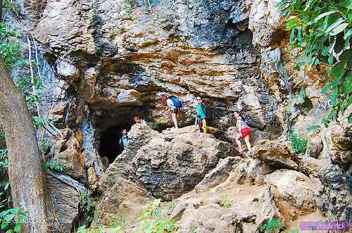 Minalungao cave entrance