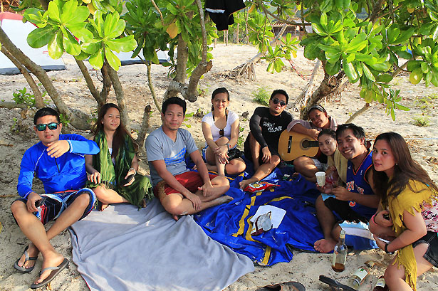 "Some Jamming and Bonding in calaguas (From Left: Francis Velasco, Karen Salting, Teddy Buagas, Julie Princess Simonette ""Cess"" Rosales, John Leonard Merallosa, Mary Jane ""Queennie"" Garay, Danica Fesalbon, Jose Ryan ""Boogs"" Alarcon, and Corrine Grace ""Cookie"" Santelices)"