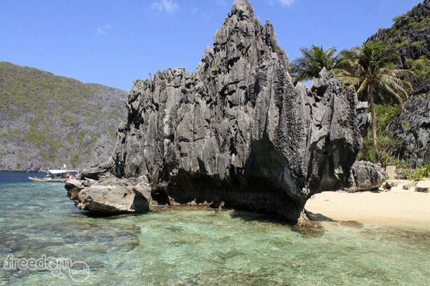 Matinloc Island's View Deck