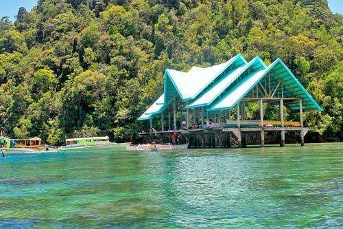 A boat station to Sohoton Lagoon