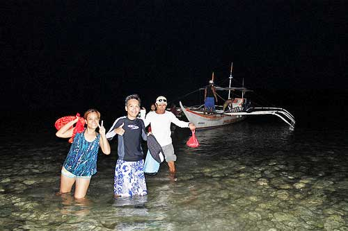 It was already dark when we returned from Island Hopping