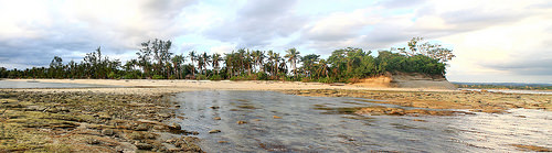 Dampalitan Beach panorama