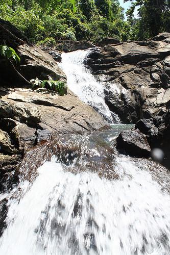 hinguiwin falls cascade