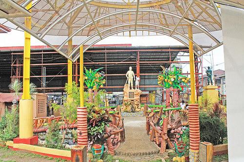 Liliw plaza