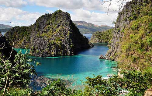 The Gateway to Kayangan Lake, Coron, Palawan