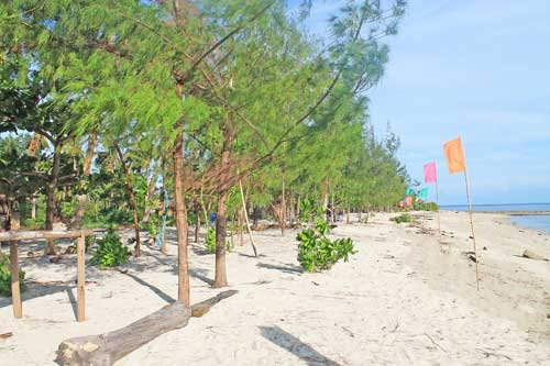 Dampalitan beach front
