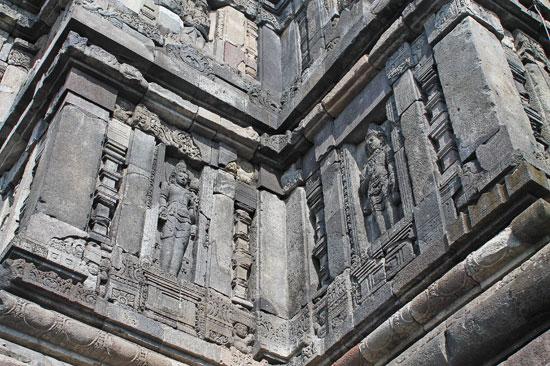 Candi Prambanan columns