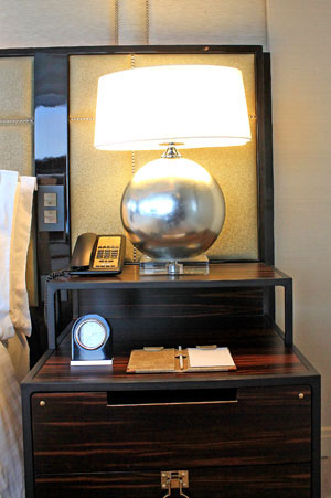 A modern and elegant bedside