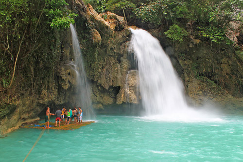 The main cascade of Kawasan Falls