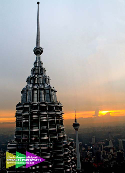 The other twin of Petronas and Menara KL stand tall before the sunset