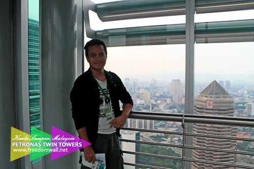 Ian Limpangog at Petronas Twin Towers Sky Bridge