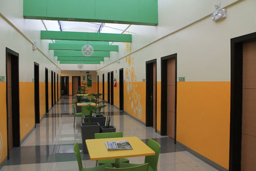go hotels otis hallway
