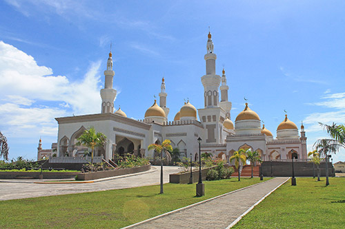 Sultan Haji Hassanal Bolkiah Masjid, also known as the Grand Mosque of Cotabato