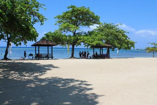 Beach area, Aquaria Beach Resort