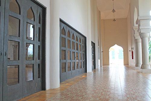 Cotabato grand mosque Hallways