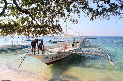 Boat for Island Hopping in Alona Beach, Panglao