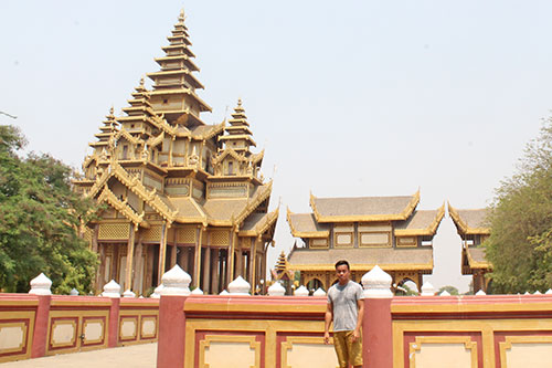 Thiri Zaya Bumi Bagan Golden Palace