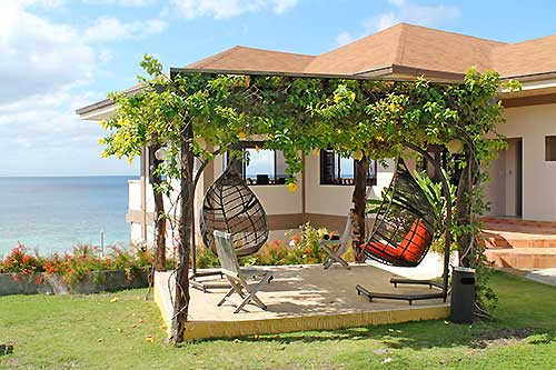 Turtle Bay Dive Resort, a premium accommodation in Moalboal