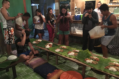 Malapascua Budget Inn Modified Boodle Fight