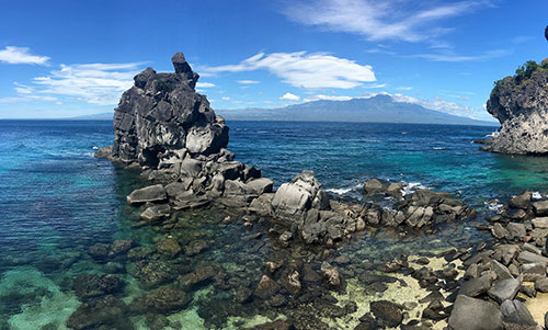 Rock formations near the boat station in Apo Island