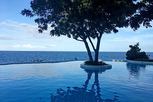 Sumilon Bluewater Infinity Pool