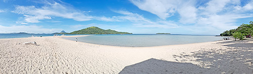 Bulobadiangan Island Sandbar