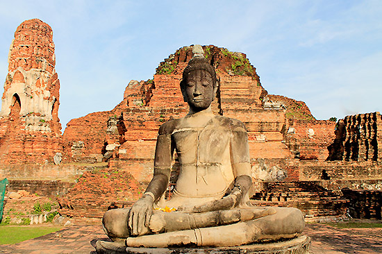 """Wat Maha That or the """"Monastery of the Great Relic"""" of Ayutthaya"""